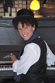 Zoë Lewis - Winter Music Series @ North Truro | Massachusetts | United States